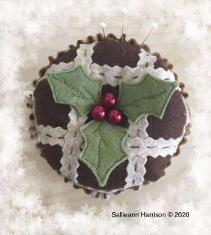 Mince Pie Pincushion
